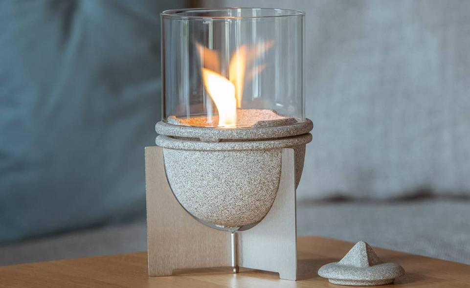 Schmelzfeuer® Indoor M Granicium® mit Windglas-Aufsatz
