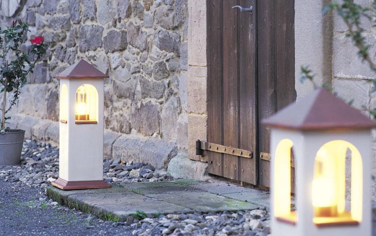 lichthaus hoch hellbeige denk. Black Bedroom Furniture Sets. Home Design Ideas